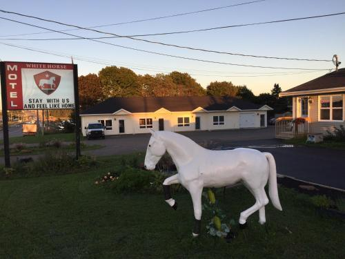 The White Horse Motel