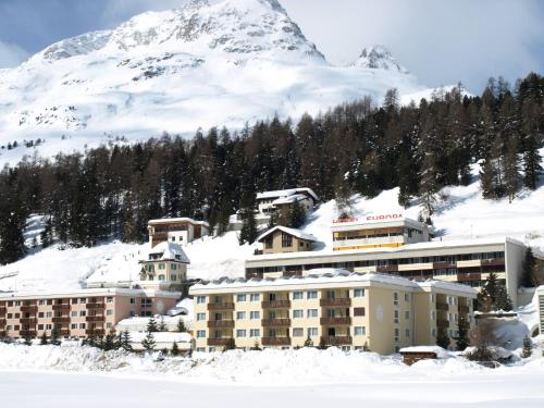 Hotel Europa Apartments during the winter