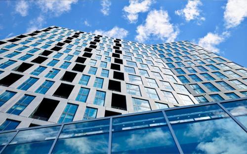 BridgeStreet at VITA Tysons Corner Center Luxury Apartments