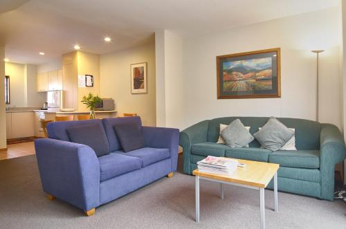Rosemary's Villa - Christchurch Holiday Homes