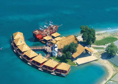 Lobster - Water Villas