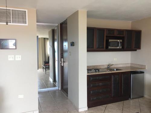 A kitchen or kitchenette at Villa 2302 Costa Bonita Beach Resort