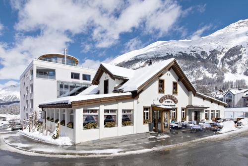 Hotel Station