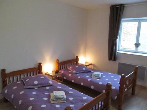 Postel nebo postele na pokoji v ubytování Gite la ruche