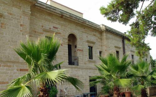 Historic Villa Natural Parc