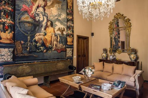 Palazzo Gallery - The Tuscan Collection