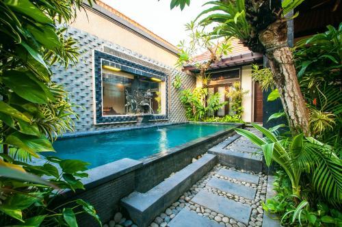 巴厘島科洛布坎塔曼沙麗別墅酒店