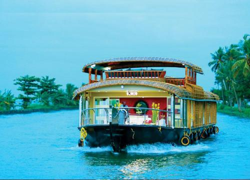 Jim and Paddy Houseboat Cruises