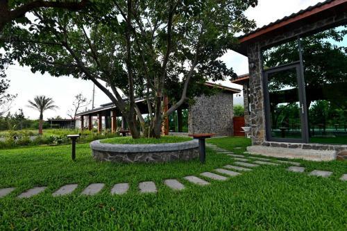 住宿 Kenting Four Season Villa 墾丁四季藏春villa, 山腳, 臺灣