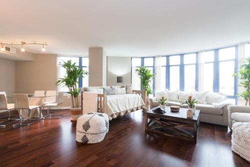 Upscale 3 Bed Apartment on Dupont Circle