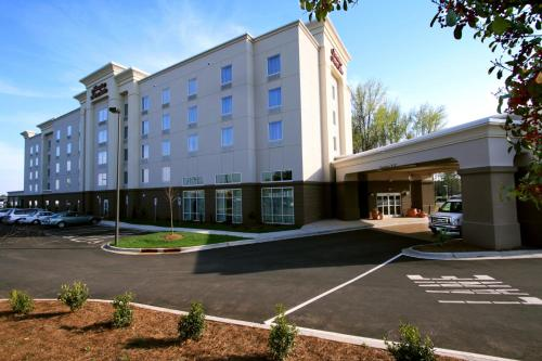 Hampton Inn & Suites Charlotte-Airport