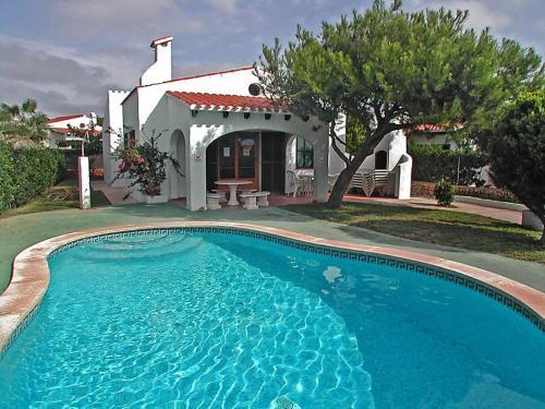 Holiday Home Villas Cala'n Bosch V3D ST 04