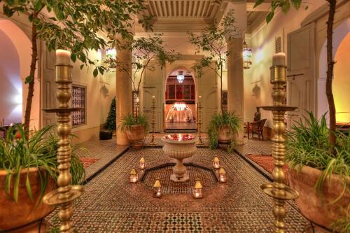 達拉拉弗迪拉酒店