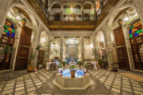 里亞德薩拉酒店