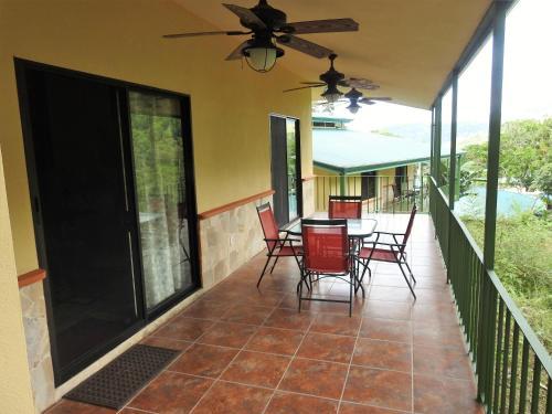Villa Guadalupe Three-Bedroom Villa 8