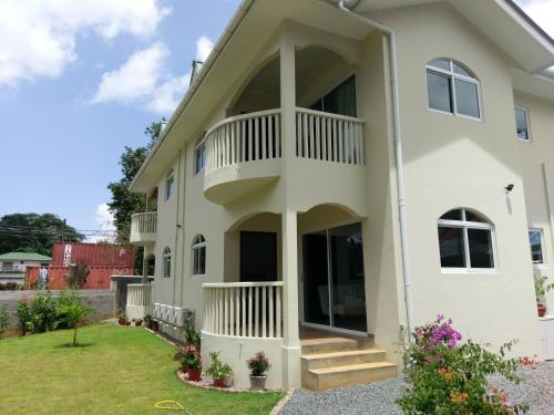 Flower Garden Self-Catering Apartments
