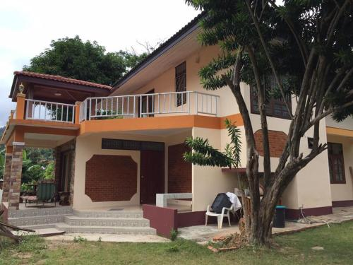 Hillside House for Rent Samui Lamai