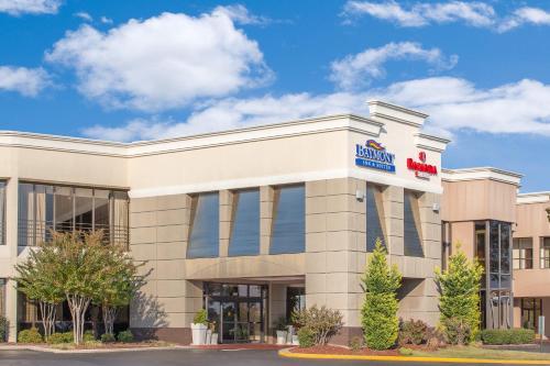 Ramada Plaza Fayetteville Fort Bragg Area