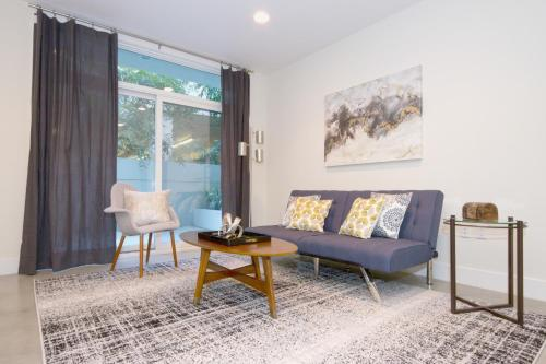 One-Bedroom on S Los Robles Avenue Apt 202