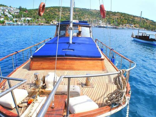Evoteli Group Kuzey Alina Yachting (1130)