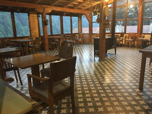 Natura Lodge Hotel
