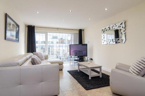 Linen Hall Apartment