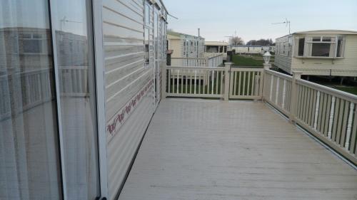 A balcony or terrace at Northshore Private Caravan Rental