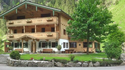 Haus Lacknerbrunn (325)