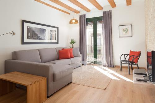 Rent Top Apartments MACBA