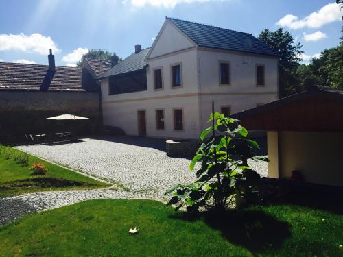 Vila 12
