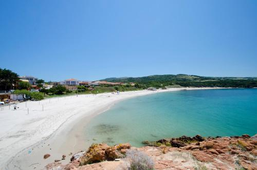 Isola Rossa Borgo di Mare