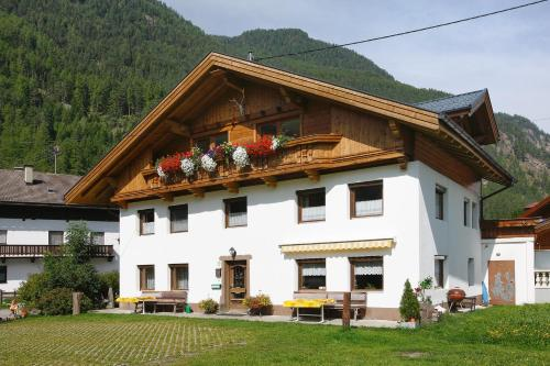Haus Alpenglühen Krumpens