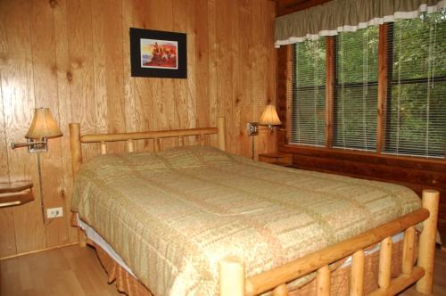 Carolina Landing Camping Resort Cabin 11