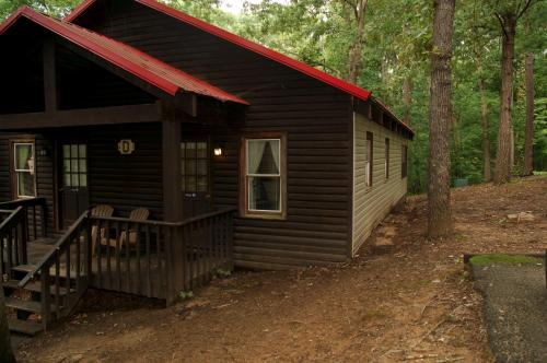 Carolina Landing Camping Resort Deluxe Cabin 6