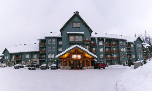 Snow Creek Lodge by Fernie Lodging Co