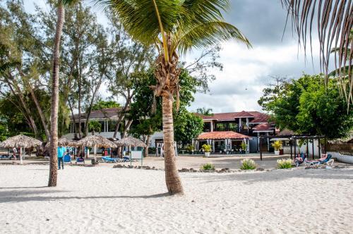 Tropicasa Boca Chica Resort
