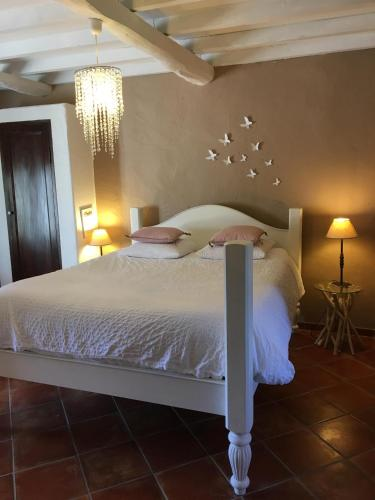 Bed and Breakfast Chambres d\'Hôtes Mas Julien, Orange, France ...