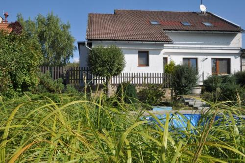 Holiday home with Pool in Tetín (Jičín)/Böhmisches Paradies 1336