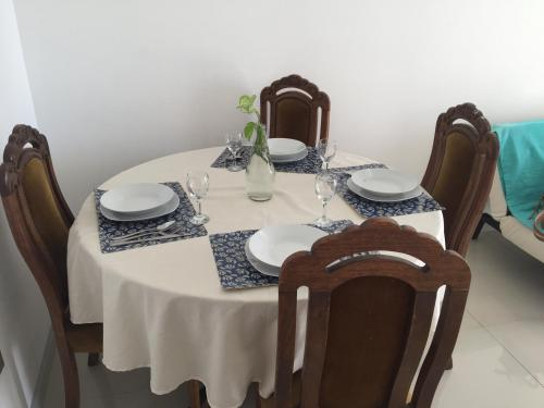 A restaurant or other place to eat at Departamento Cavancha Club II