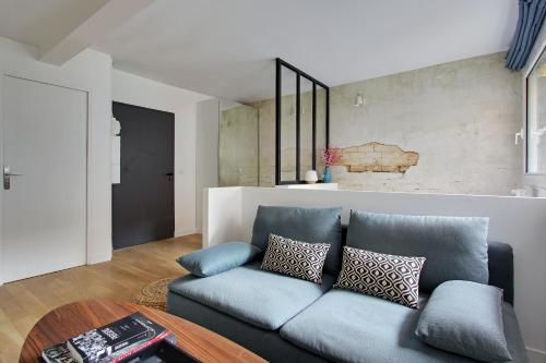 A seating area at Pick a Flat - Eiffel Tower / Champs de Mars apartments
