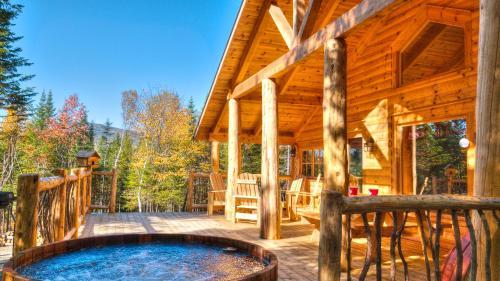 Le Bivouac - Les Chalets Spa Canada