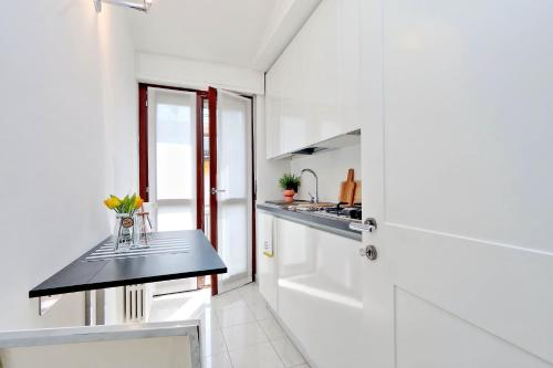 Apartment Hintown Chic & Boutique, Milan, Italy - Booking.com