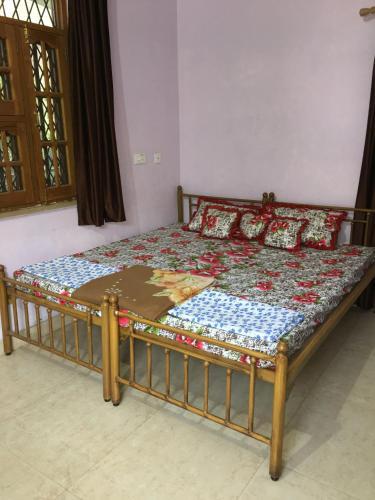 Yogmaya Guest House