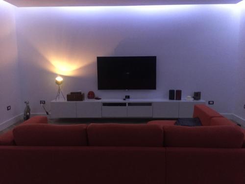TV o dispositivi per l'intrattenimento presso Mostra d' oltremare Luxury apartment