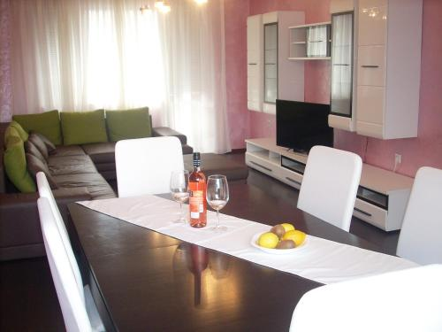 Stefan Karadzha Apartment