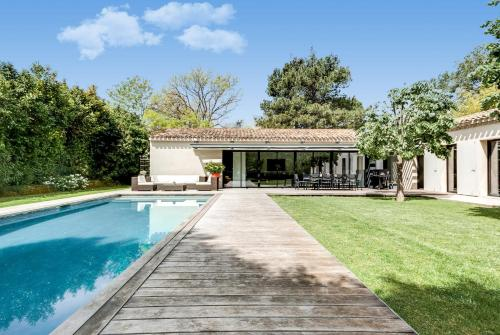Provencal-Style Country House