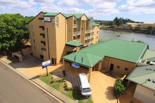 Burnett Riverside Motel