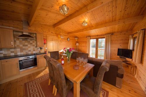Wall Eden Farm Luxury Log Cabins