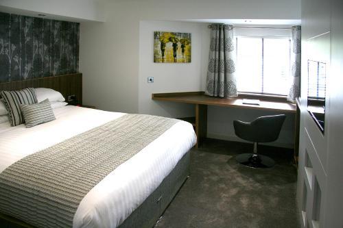 Damon's Motel