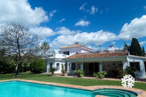 Park Beach Villa